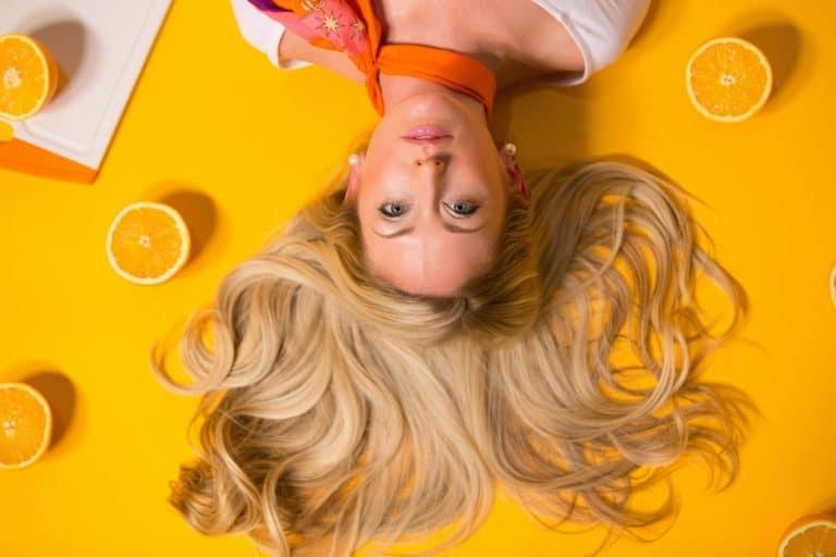 shampoing-solide-antipelliculaire-quels-avantages-quelles-marques-stokabio-alternatives-bio-naturelles-quotidien